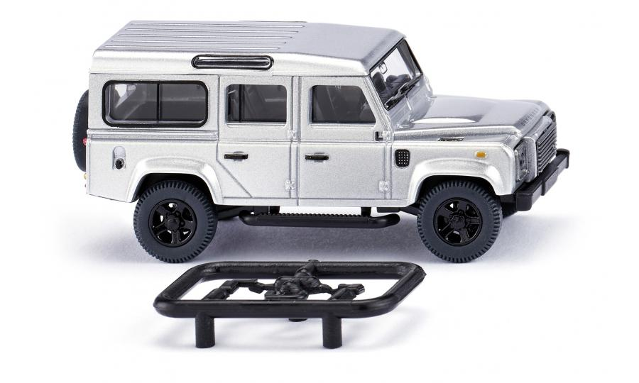 Land Rover Defender 110 - silber-metallic